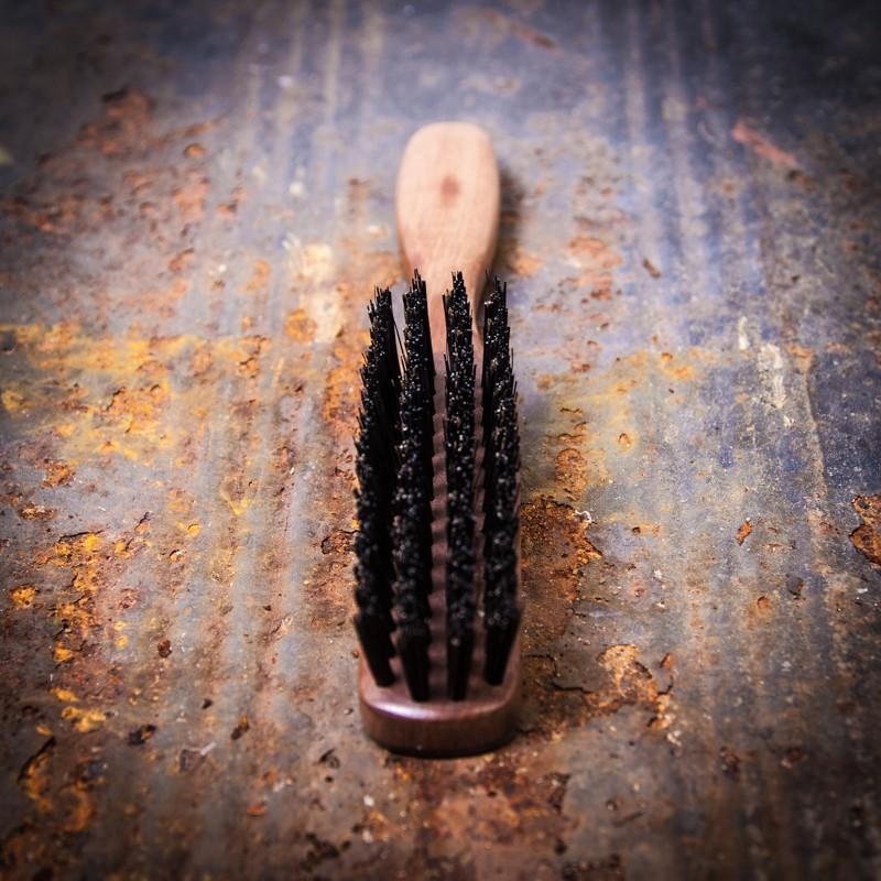 Pearwood & Ox Horn Beard Brush